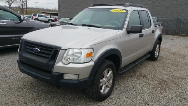 2007 FORD EXPLORER SPORT TRAC XLT 4DR CREW CAB V6 silver and here comes comfort pulling up the re