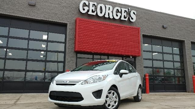 2012 FORD FIESTA S 4DR SEDAN white carfax 1 owner and no accidents 5 speed a great deal in flat