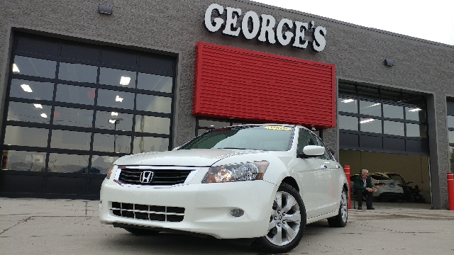 2009 HONDA ACCORD EX-L V6 4DR SEDAN 5A white diamond pearl carfax 2 owners and no accidents 35l