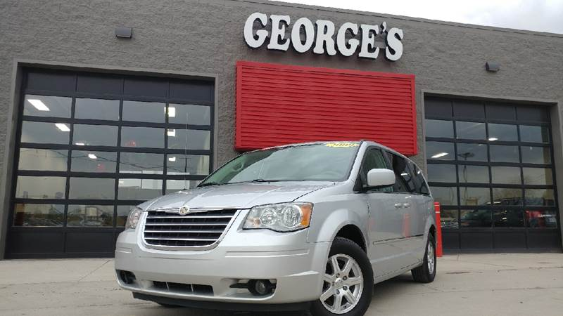 2009 CHRYSLER TOWN AND COUNTRY TOURING MINI VAN 4DR bright silver metallic making your way in and