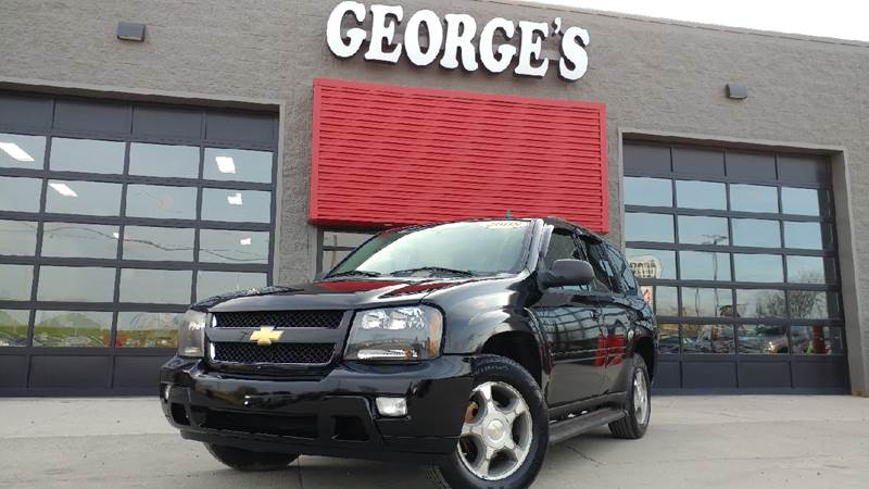 2008 CHEVROLET TRAILBLAZER LT1 4X2 4DR SUV black with these low miles this babys barely broken