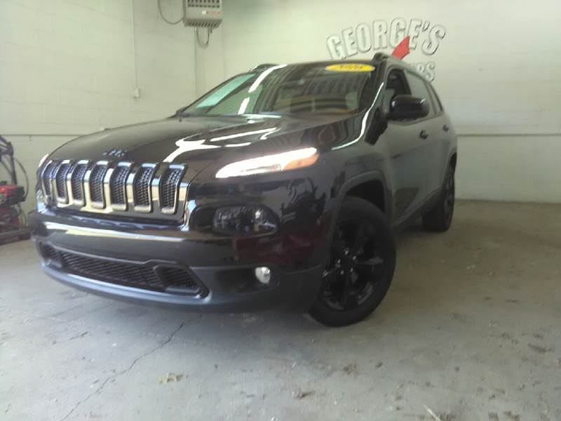 2016 JEEP CHEROKEE LATITUDE 4DR SUV black carfax 1 owner and no accidents youll never pay too m