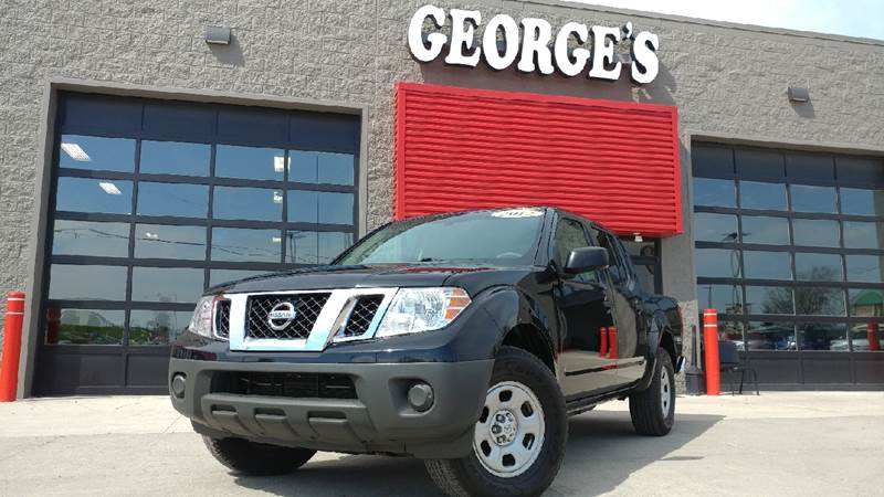 2012 NISSAN FRONTIER S 4X2 4DR CREW CAB SWB PICKUP 5A super black this will catch you on the fly