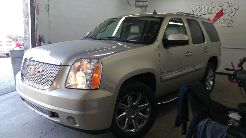 2008 GMC YUKON DENALI AWD 4DR SUV gold mist metallic carfax no accidents awd nice suv why pay