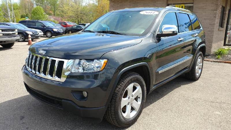 2011 JEEP GRAND CHEROKEE LAREDO 4X4 4DR SUV dark charcoal pearl carfax 2 owners and no accidents