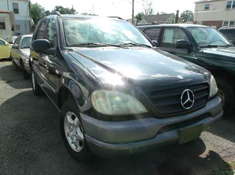 1999 Mercedes-Benz M-Class for sale at Reliable Auto Sales in Roselle NJ