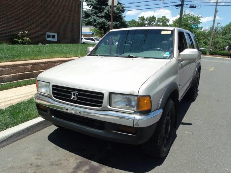 1996 Honda Passport for sale at Reliable Auto Sales in Roselle NJ