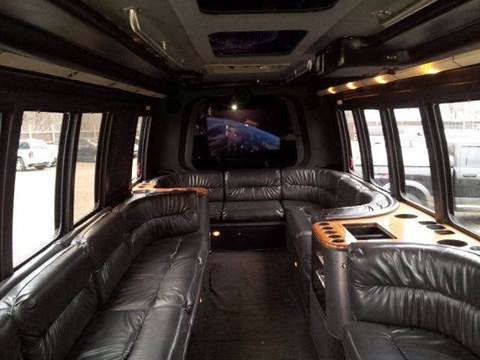 2001 Ford F550 PARTY BUS