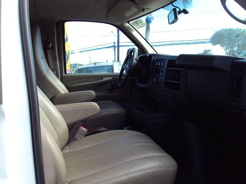 2013 Chevrolet Express Passenger LS 3500 3dr Extended Passenger Van w/ 1LS - Kaneohe HI
