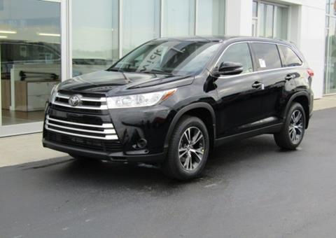2019 Toyota Highlander for sale in Brunswick, OH