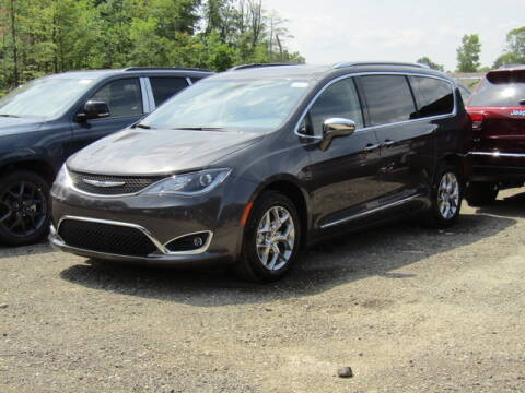 2020 Chrysler Pacifica for sale at Brunswick Auto Mart in Brunswick OH