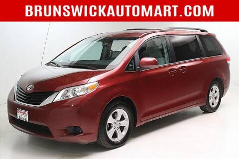 2013 Toyota Sienna for sale at Brunswick Auto Mart in Brunswick OH