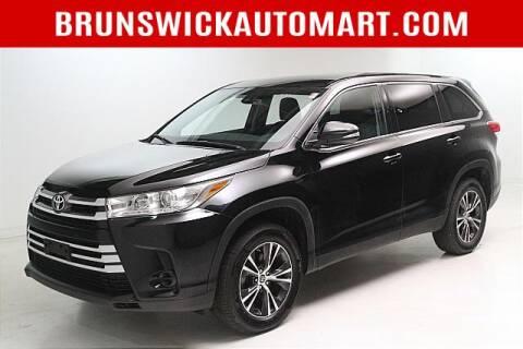 2019 Toyota Highlander for sale at Brunswick Auto Mart in Brunswick OH