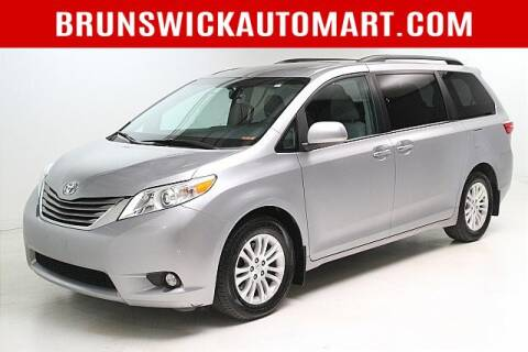 2017 Toyota Sienna for sale at Brunswick Auto Mart in Brunswick OH