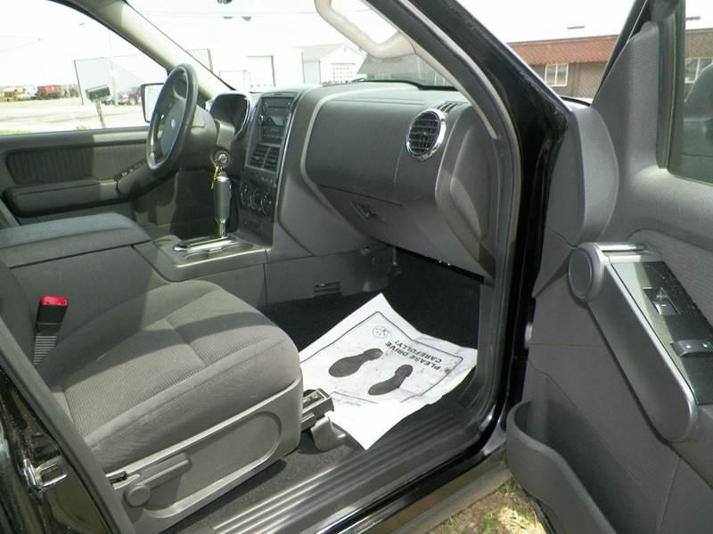 2009 Ford Explorer XLT 4x4 4dr SUV (V8) - Imlay City MI
