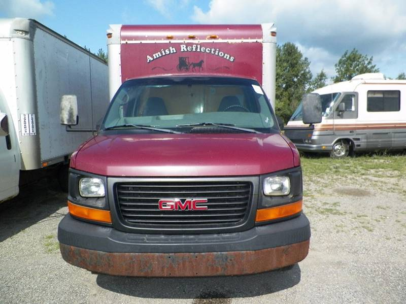 2005 GMC Savana Cargo 3500 commercial  16ft. box van - Imlay City MI