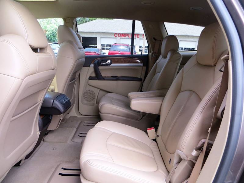 2010 Buick Enclave for sale at B & M Auto Sales Inc. in Oak Forest IL