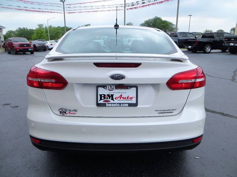 2015 Ford Focus for sale at B & M Auto Sales Inc. in Oak Forest IL