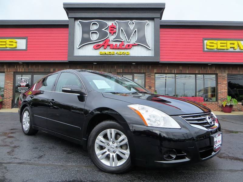2010 Nissan Altima for sale at B & M Auto Sales Inc. in Oak Forest IL