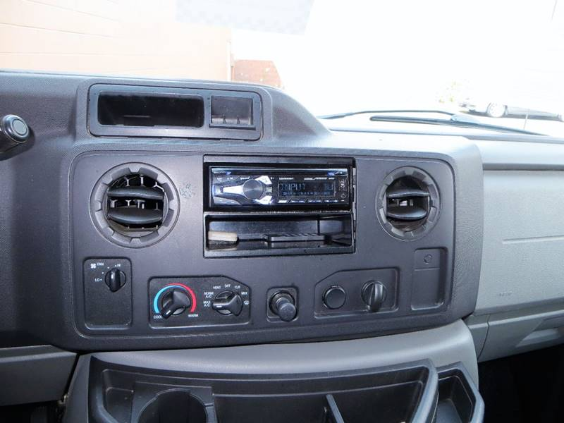 2009 Ford E-Series Cargo for sale at B & M Auto Sales Inc. in Oak Forest IL