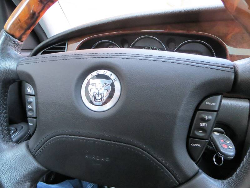 2008 Jaguar XJ-Series for sale at B & M Auto Sales Inc. in Oak Forest IL