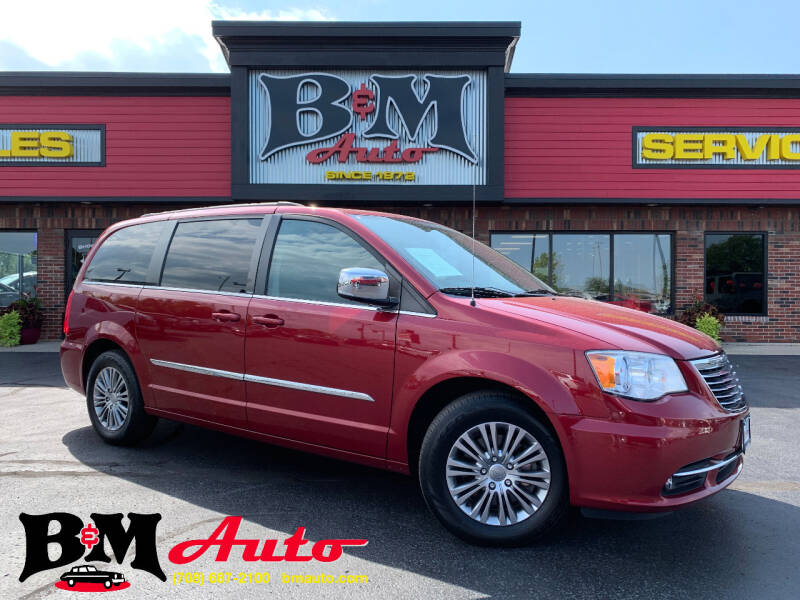2014 Chrysler Town and Country for sale at B & M Auto Sales Inc. in Oak Forest IL