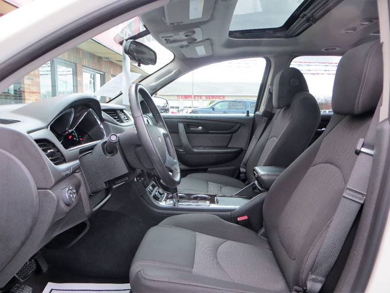 2015 Chevrolet Traverse for sale at B & M Auto Sales Inc. in Oak Forest IL