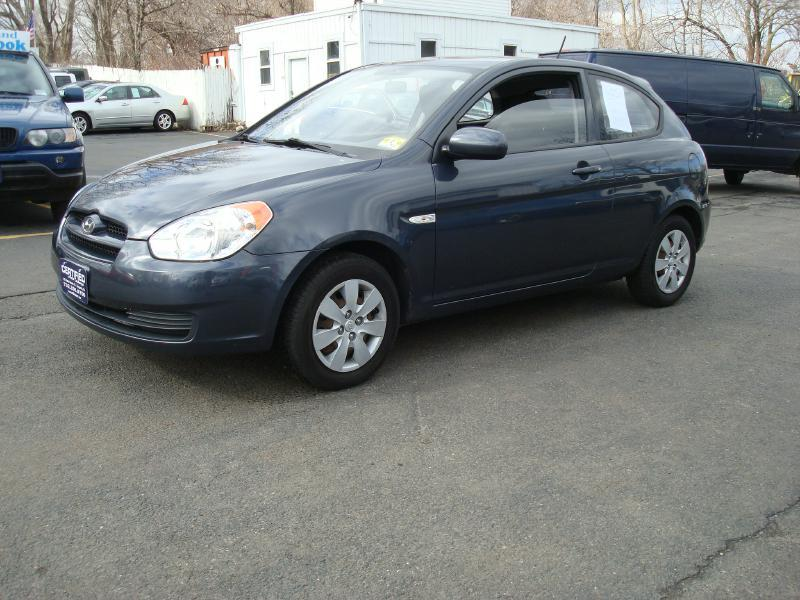 2010 Hyundai Accent Blue 2dr Hatchback 5M In Keyport NJ