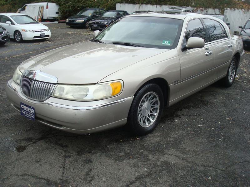 2001 Lincoln Town Car Signature 4dr Sedan In Keyport Nj Certified