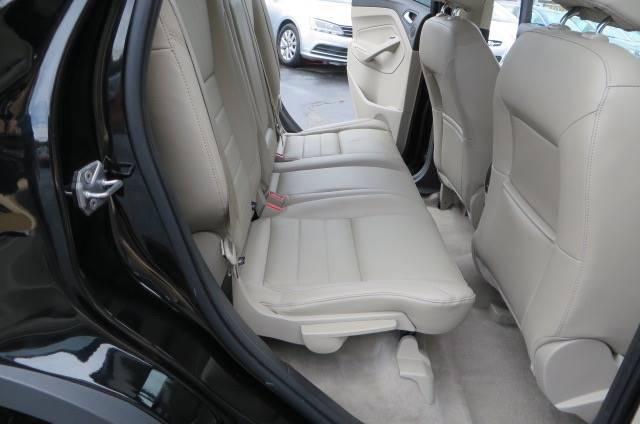 2016 Ford Escape AWD Titanium 4dr SUV - Willowick OH