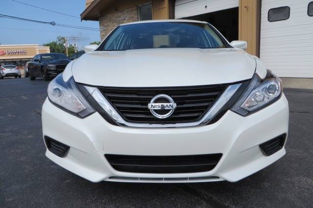 2017 Nissan Altima 2.5 SV 4dr Sedan (midyear release) - Willowick OH