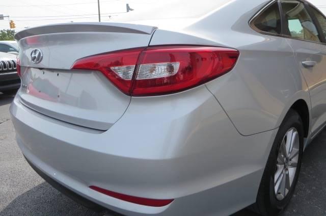 2016 Hyundai Sonata SE 4dr Sedan - Willowick OH