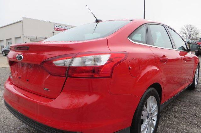 2012 Ford Focus SEL (image 4)