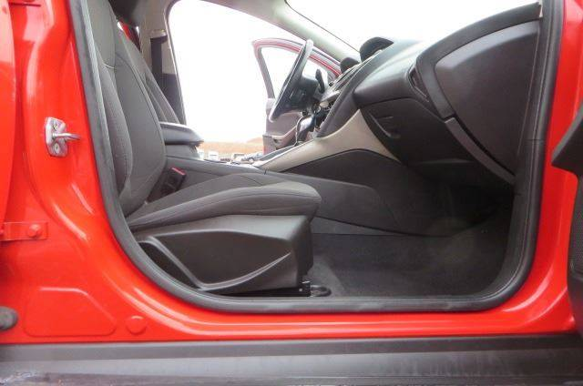 2012 Ford Focus SEL (image 22)