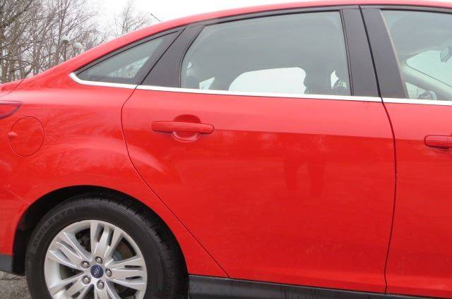 2012 Ford Focus SEL (image 28)