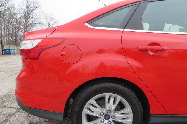 2012 Ford Focus SEL (image 29)