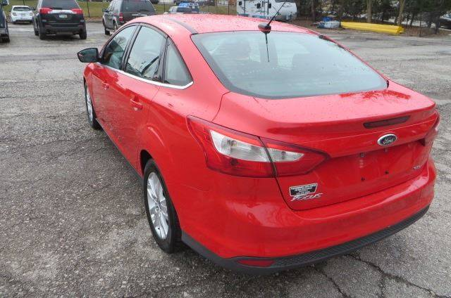 2012 Ford Focus SEL (image 33)
