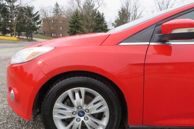 2012 Ford Focus SEL (image 38)