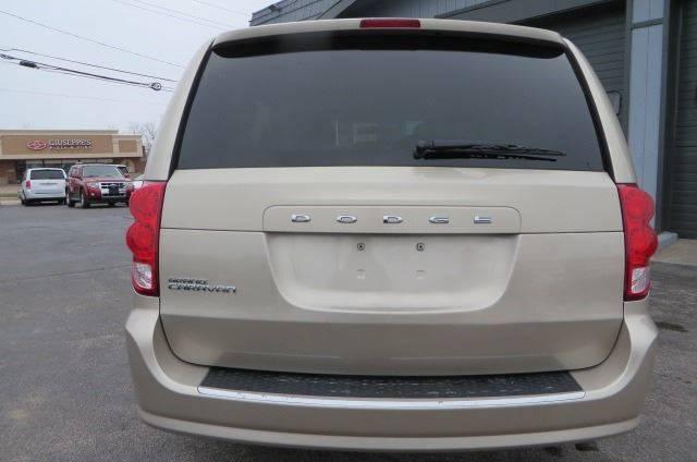 2014 Dodge Grand Caravan SXT (image 7)