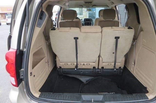 2014 Dodge Grand Caravan SXT (image 19)
