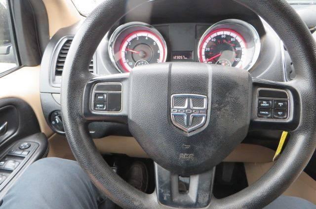 2014 Dodge Grand Caravan SXT (image 41)