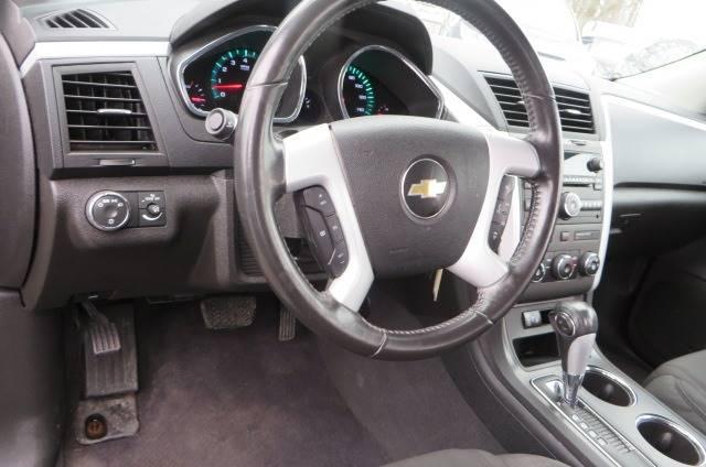 2012 Chevrolet Traverse LT (image 13)