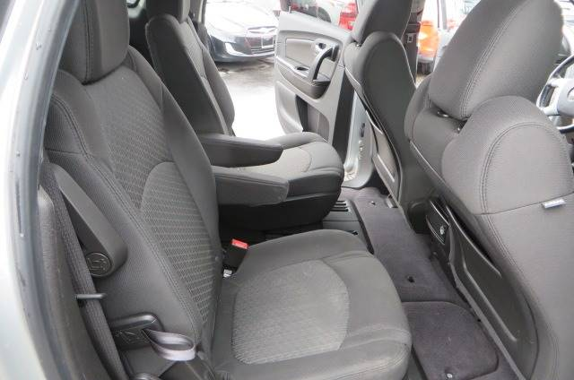 2012 Chevrolet Traverse LT (image 19)