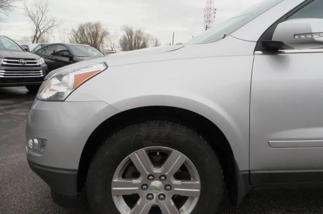 2012 Chevrolet Traverse LT (image 24)