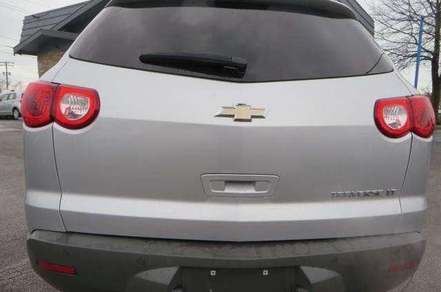 2012 Chevrolet Traverse LT (image 30)