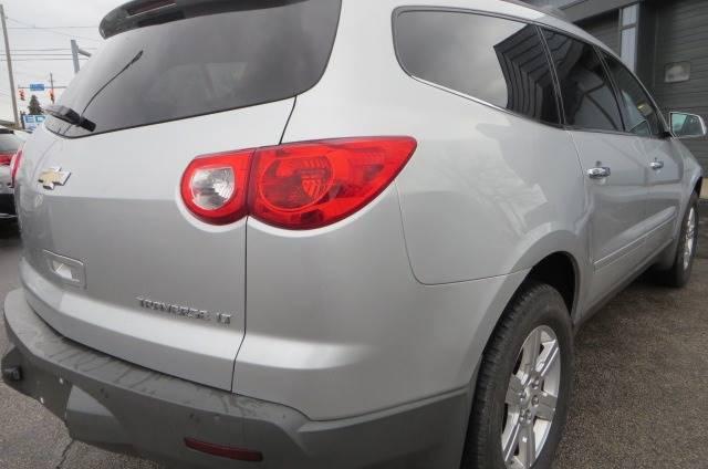 2012 Chevrolet Traverse LT (image 32)
