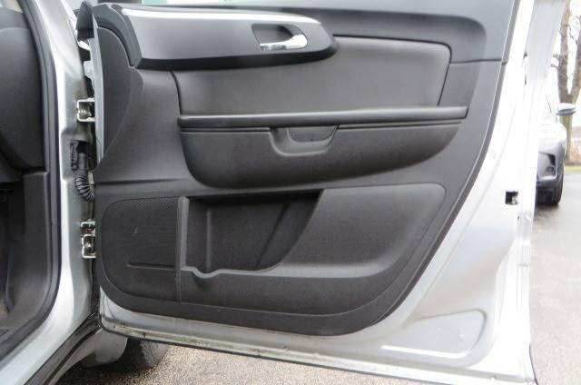 2012 Chevrolet Traverse LT (image 46)