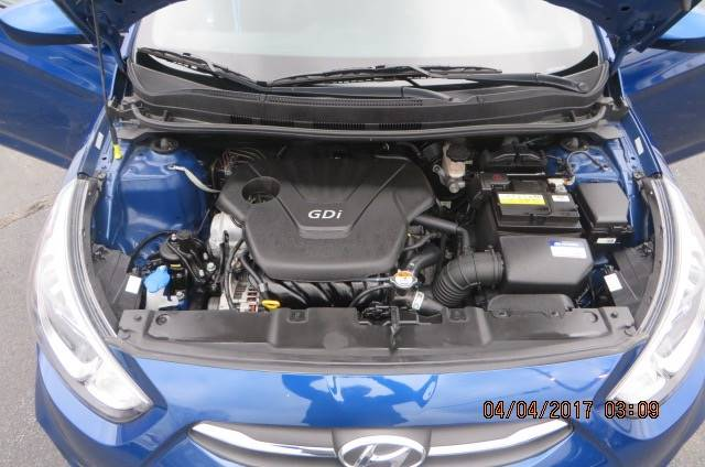 2016 Hyundai Accent SE 4dr Hatchback 6A - Willowick OH