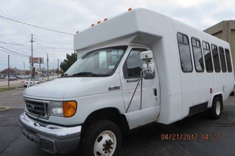 2007 Ford E-450 for sale in Willowick, OH