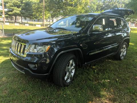 2013 Jeep Grand Cherokee for sale at Clarks Auto Sales in Connersville IN